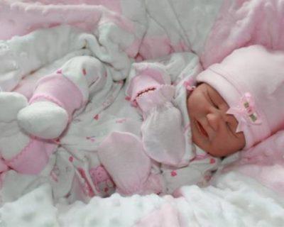 тесная, жесткая одежда - фактор риска для развития мастита у младенца
