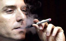 курение - одна из причин рака груди у мужчин