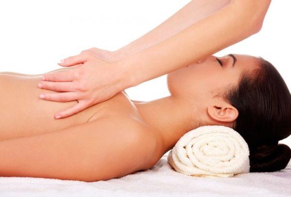 Professionalnyiy massazh grudi